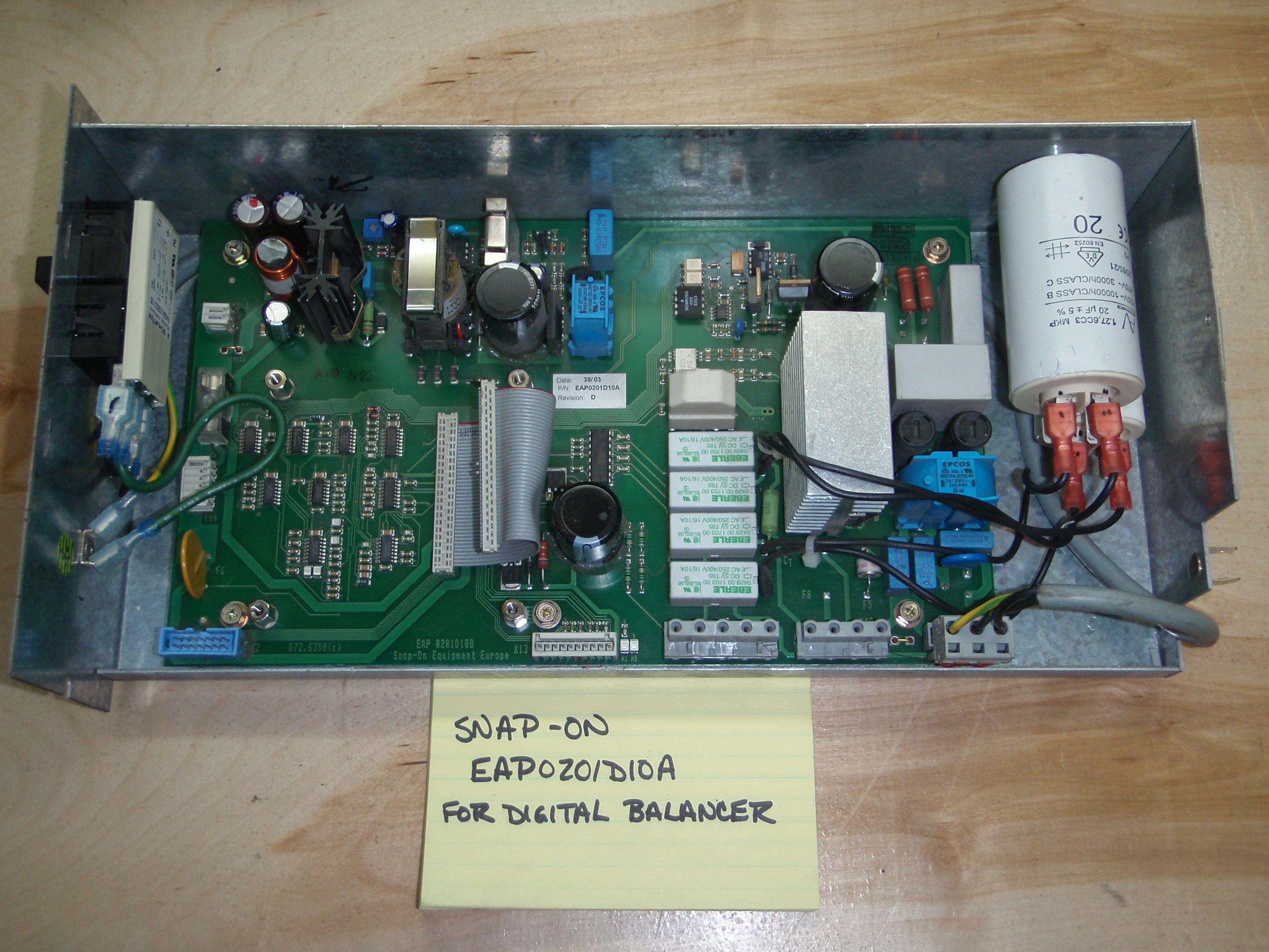 Trace Engineering   JRElectronics
